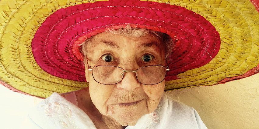 nadwzroczność starcza - skąd się biorą wady wzroku